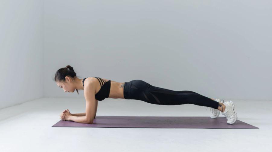 You are currently viewing Hochwertige Yoga- Bekleidung ist ein unverzichtbares Must- Have